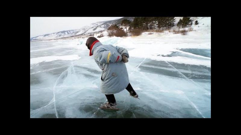 76 летняя Баба Люба живет в одиночестве на отдаленном хуторе на берегу Байкала