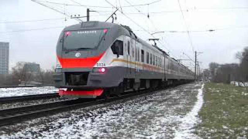 Электропоезд ЭП2Д 0024 Кремлёвские курсанты