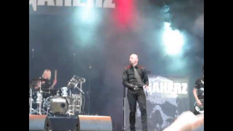 Megaherz Feat. Alexx (Eisbrecher) - Miststück - Live @ Zita Rock 2010 (Berlin)