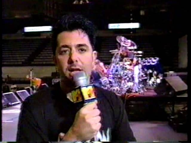 Ozzy Osbourne - Headbangers Ball In New Orleans 1992 (Pt.2)