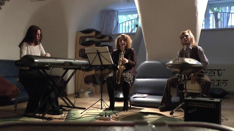 Improv. Piano, Saxophone, Kahon. Leraetta, Viktoria Vear, Mir