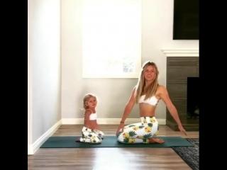 Спортивные мамочка и малышка :)