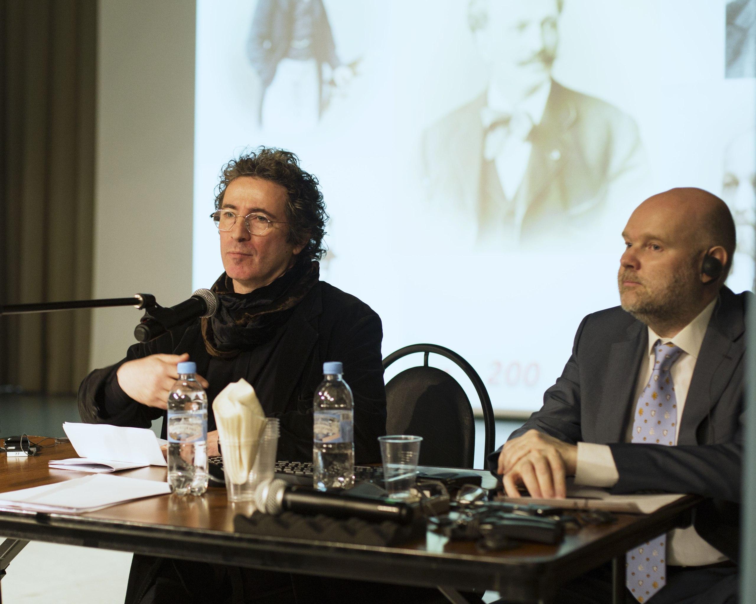 Докладчик - Антонио Канделоро, ведущий - Борис Илларионов.