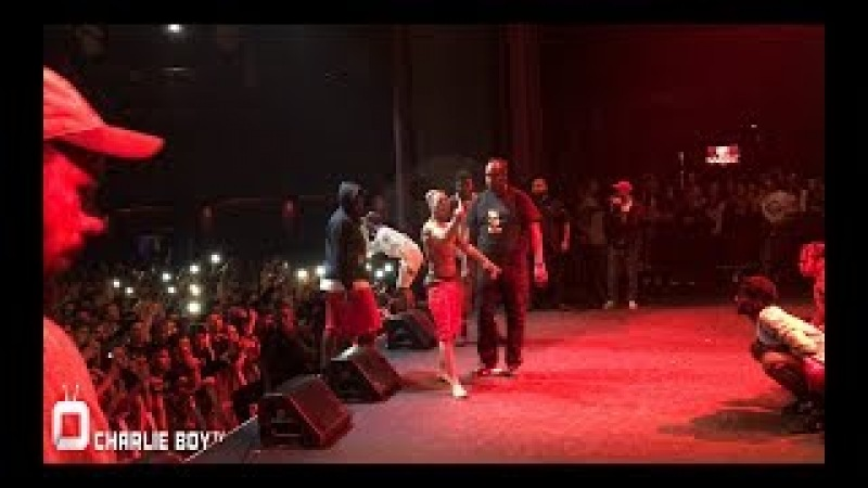 Rapper XXXTENTACION Gets Thrown Off Stage at his Los Angeles Show!