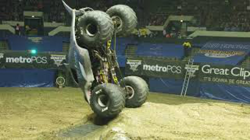 Megalodon Driver Justin Sipes Forward Popper and Save Hampton