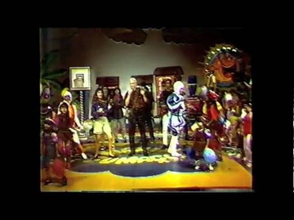Netinho cantando Coração de Tambor no programa Maria Fumaça em 1989
