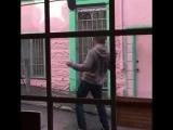 Веном - Эдди Брок борется с Веномом