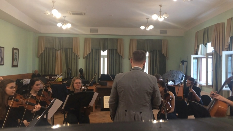 репетиция струнного оркестра , московская консерватория , Василий Калинников серенада