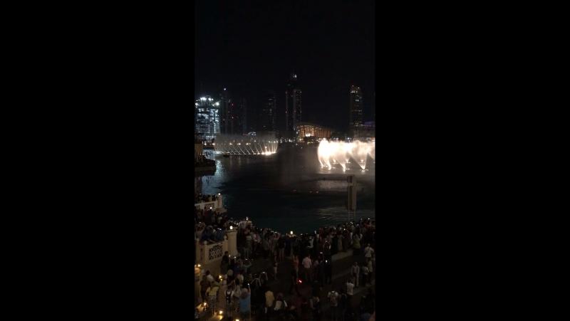Поющие фонтаны в Дубае
