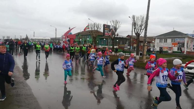 Пробег, 1-й этап - старт, 1 забег, девочки 2009-2011 гр, женщины до 35 лет