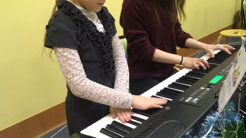Уроки фортепиано в Star Kid Studio