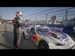 Catch our drift Melbourne? | Daniel Ricciardo meets Mad Mike for an Albert Park drift!