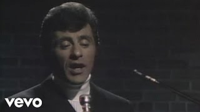 Frankie Valli - Can't Take My Eyes Off You (Live)