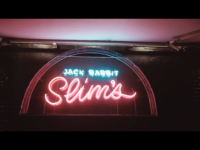 Jack Rabbit Slims Nightclub - Making of The Neon Sign