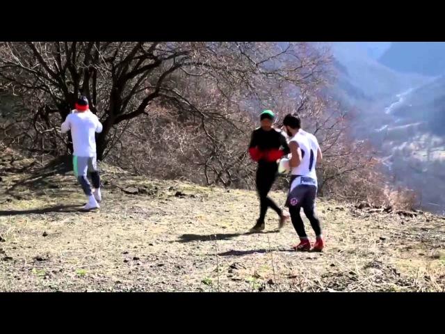 NEW Майрбек Тайсумов , Зубайр Тухугов и Роджер подготовкак бою в горах Чечни