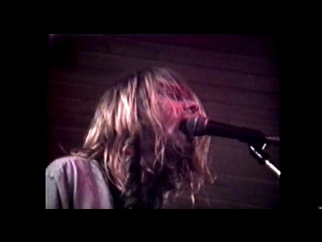 Nirvana (live concert) - November 20th, 1989, Kapu, Linz, Austria (angle 2)
