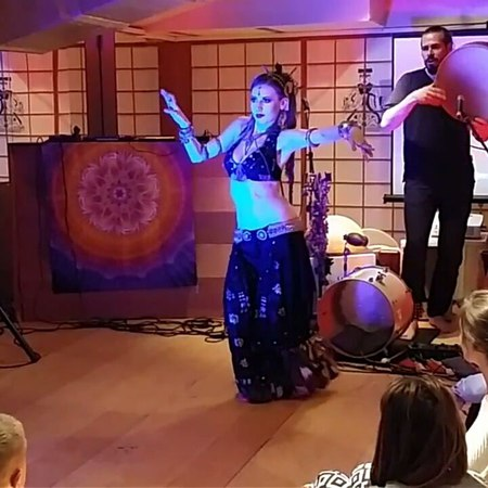 "Anastasia Minashkina on Instagram: ""dancing to an improvised bendir solo by @andrey_tanzu tribalfusion tribal bellydance bendir framedrum"""