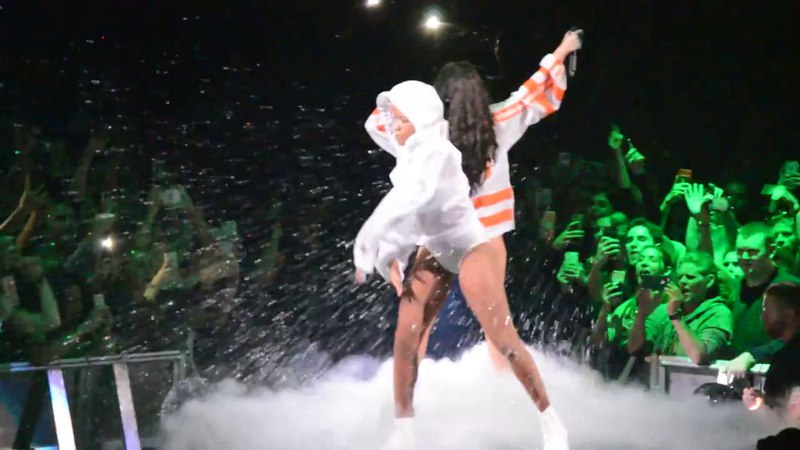 Halsey performing