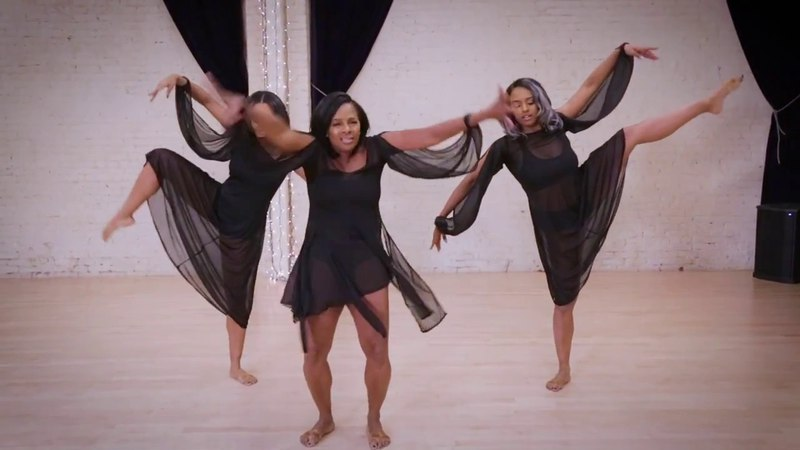 Vanessa Bell Calloway at 60: Epic dance performance with daughters Ashley and Ally Calloway