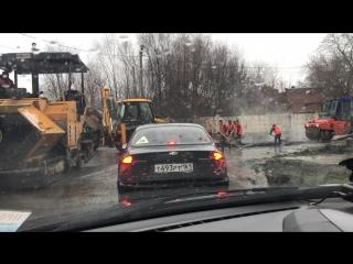 Укладка асфальта в дождь, Авиагородок, г. Батайск. 29.03.2018