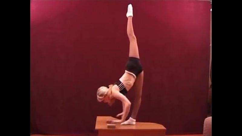 SLs gymnastics, splits, contortion, stretches, yoga, stretch, yoga girl - гимнастика