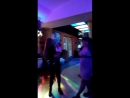 Внук танцует с бабушкой