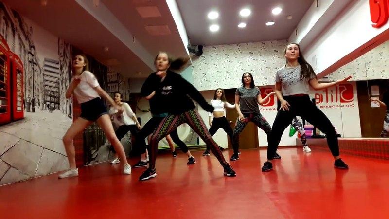 Dancehall - Lena Svoboda - 5Life