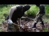Укропы похоронили ополченца заживо(предварительно избив его и связав ноги скотчем) - на могиле установили табличку-1 спар.