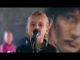 Девочка поёт песню Виктора Цоя это просто круто зацени