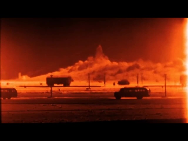 Dr. Strangelove satisfied (Vera Lynn - We'll Meet Again)