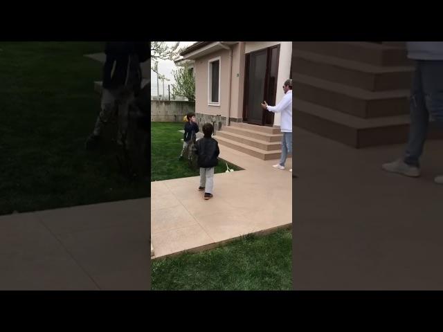 KıvançTatlıtuğ Abiyle basket oynadık bizim evde