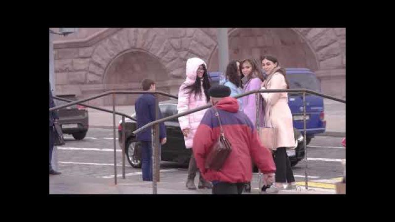 Prank: Баба Яга На ГироСтупе! В Москве