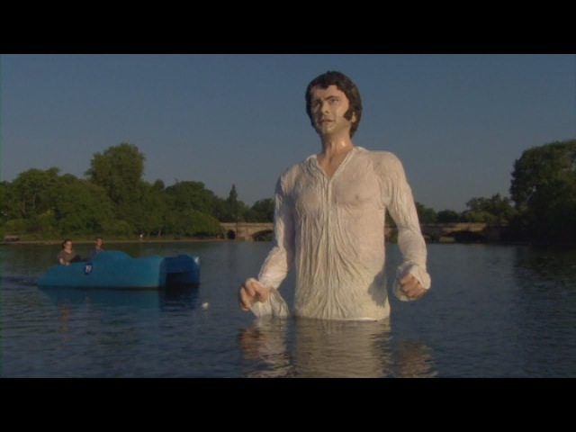 Giant Colin Firth as Mr Darcy floats on the Serpentine
