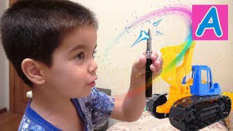 Волшебная ручка Малыш волшебник наколдовал игрушки Magic baby