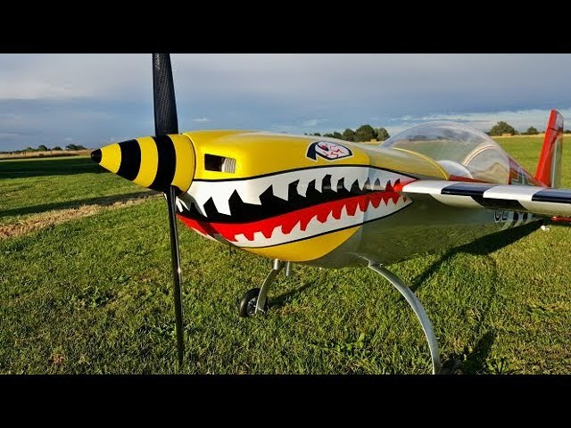 DEANO UK FREESTYLE 3D WINNER PILOT RC EXTRA 330 LX 107 GP 123cc ENGINE AT BMFA NATS 2017
