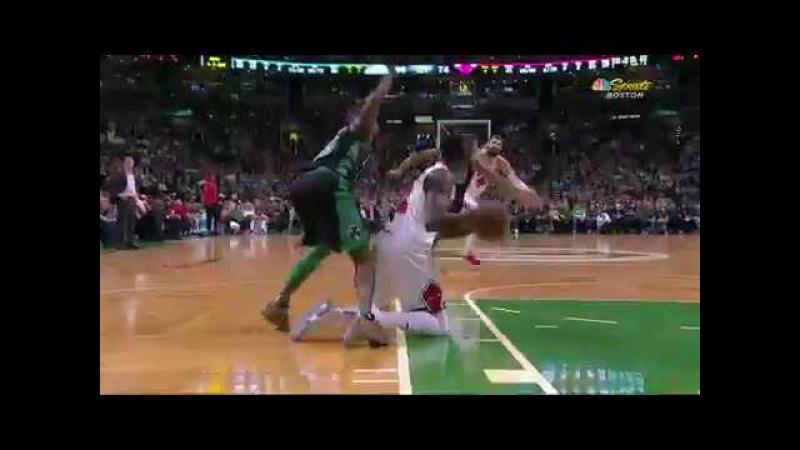 Grant beats the buzzer from his knees - Celtics vs Bulls