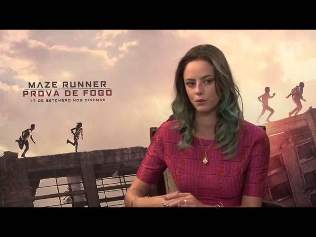 Kaya Scodelario dá entrevista em português para o G1.com