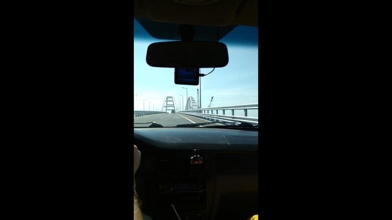 Джо Долан на мосту