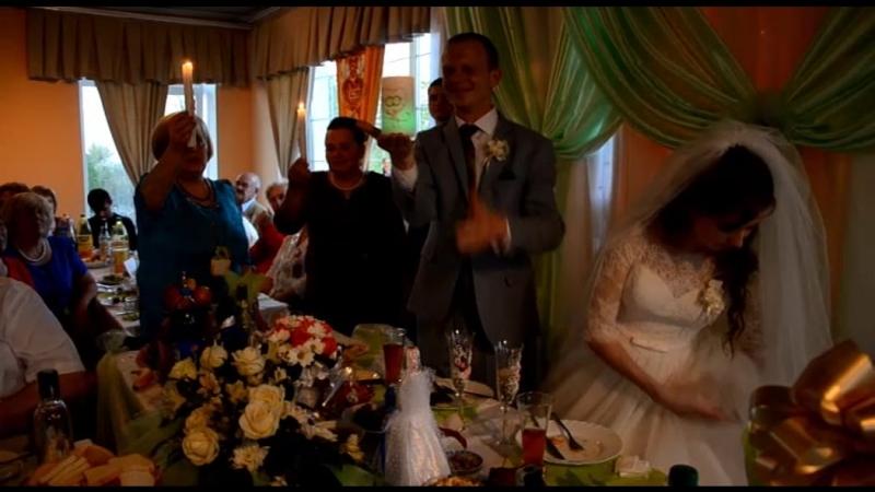 Весільний вогник запалив створення нової української сім*ї!😊❤🇺🇦👫