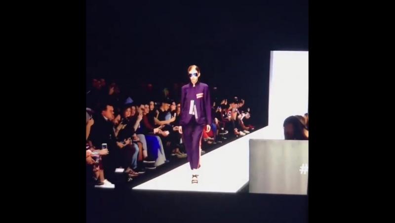 Model Dasha 💎 luxemodelagency на показ one to one MBFW в рамках недели моды в Москве
