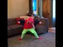 [v-s.mobi](Roy Purdy) dances to Rockstar mashup.mp4