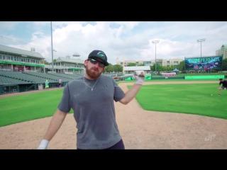 Впечатляющие бейсбольные трюки