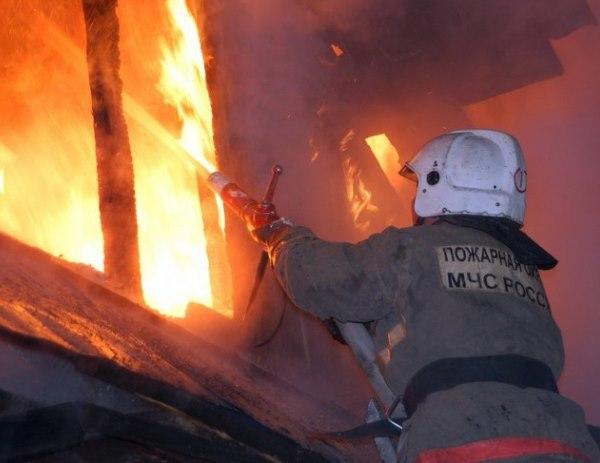 Пожар повредил жилой дом в Зеленчукской