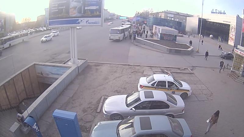 ДТП С МОТОЦИКЛИСТОМ г.Караганда пр.Б.Жырау 16.04.2016
