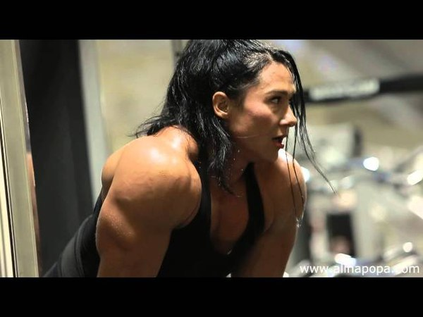 Alina popa looking huge : Hard workout!