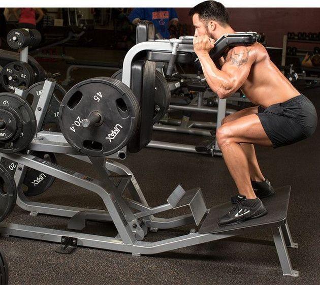 4 лучших упражнения для ног на тренажерах