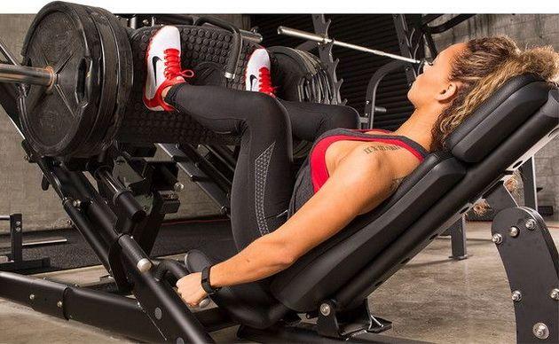 M3G3qdQ4PNc 4 лучших упражнения для ног на тренажерах