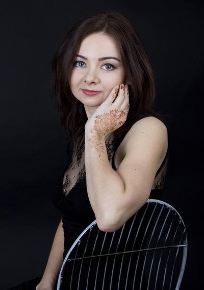 Анна Поплавская