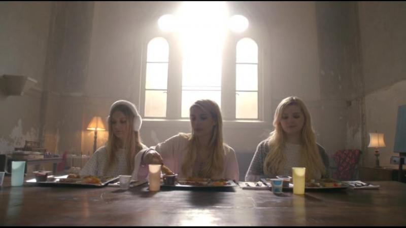 Scream Queens | Королевы крика [1х13] Плюсы психушки