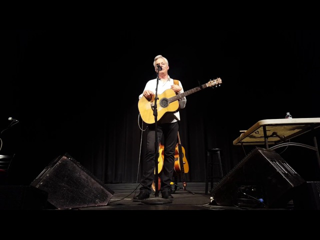 Tommy Emmanuel Concert 7 21 2017 State Theater of Modesto